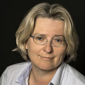 Dr. Anja Coors